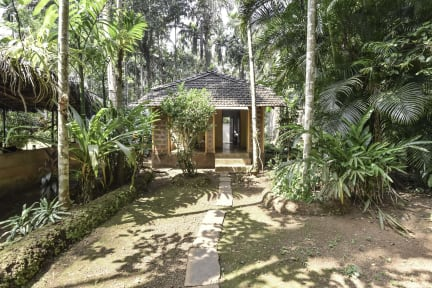 Foto's van Dudhsagar Plantation