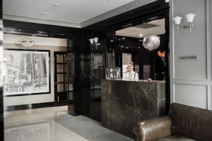 Photos of Wall Street Hotel (Hotelʹ Uoll-Strit)