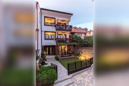 Photos of Villa Varosh