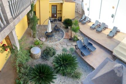 Foton av Hotel el Tejar