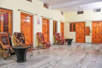 Foton av Banjara House