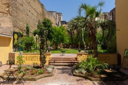 Billeder af Hopestel Secret Garden