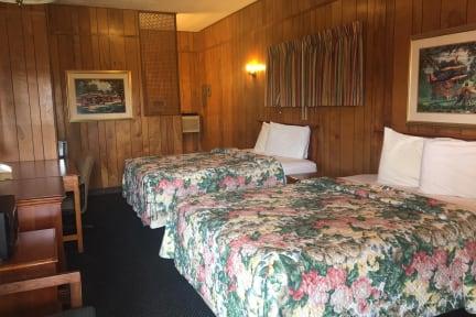 Fotos de Sky Palace Inn & Suites El Dorado