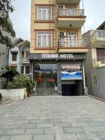 Foto's van Titanic Hotel