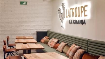 Photos of Latroupe la Granja