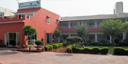 Fotky Hotel Goverdhan Tourist Complex