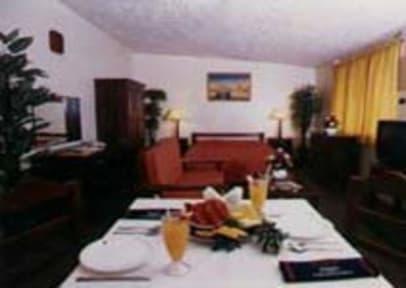 Photos of Red Phoenix Hotel