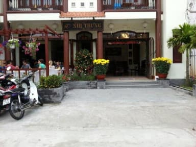 Photos of Nhi Trung Hotel