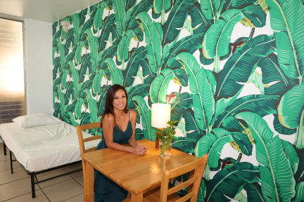 Waikiki Beachside Hostel照片