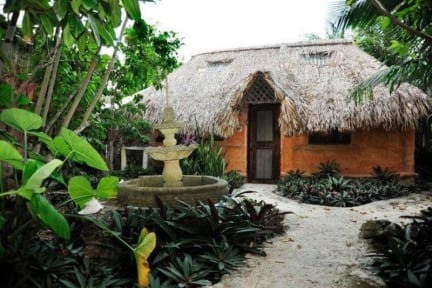 Photos of Casitas Kinsol
