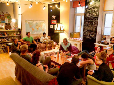 Foto's van Cinnamon Sally Backpackers Hostel