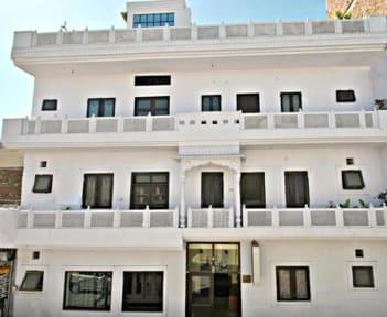 Fotky Hotel Satkar