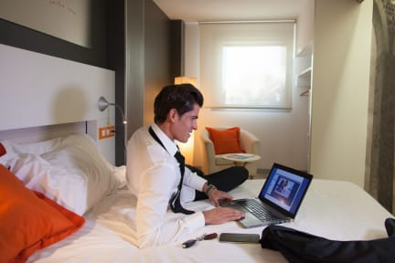 Photos de Hotel Bed4u Pamplona***