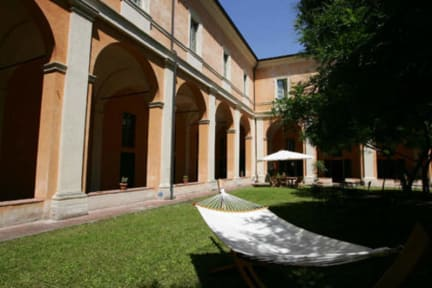 Kuvia paikasta: Student's Hostel della Ghiara