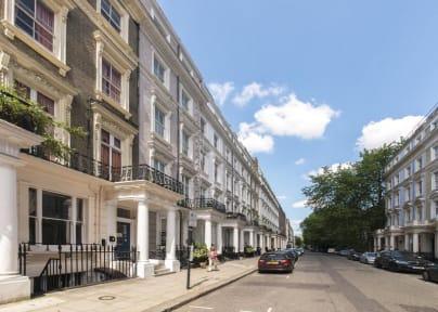 Photos of Astor Kensington