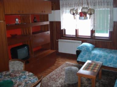 Fotky Hostel & Guest House Bistrik
