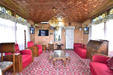 Фотографии Houseboat Zaindari Palace