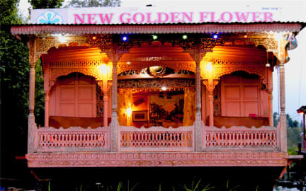 Fotografias de Houseboat New Golden Flower