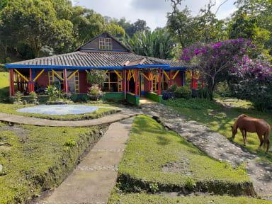 Foto's van Yambolombia Hostel
