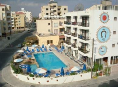 Photos of Larco Hotel
