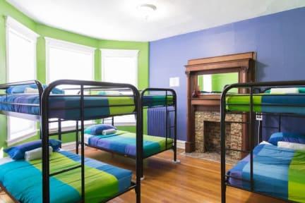 Wrigley Hostel照片