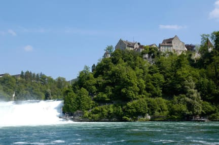 Fotky Dachsen am Rheinfall Youth Hostel