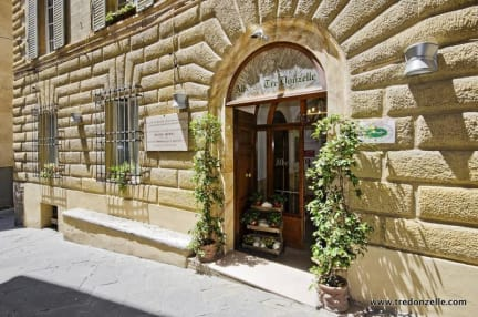 Photos of Albergo Tre Donzelle