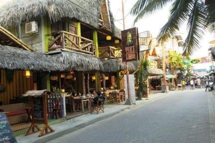 Tikilimbo surf hostel & restaurantの写真
