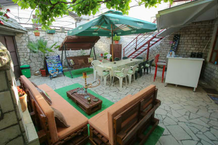 Foto di Hostel and Guesthouse Adi