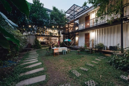 Fotky The Yard Hostel Bangkok