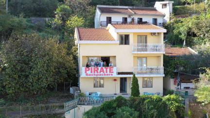 Zdjęcia nagrodzone Hostel Pirate