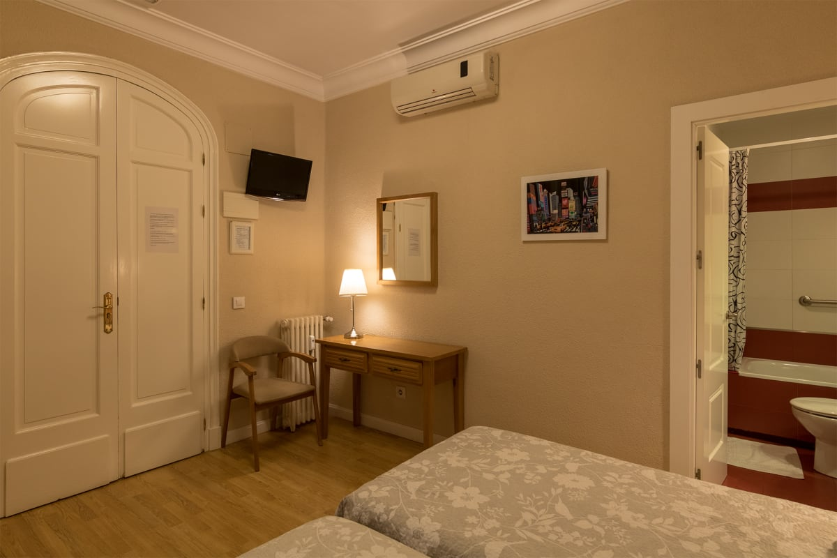 Hostal Santillan in Madrid, Spain, Spain hostel