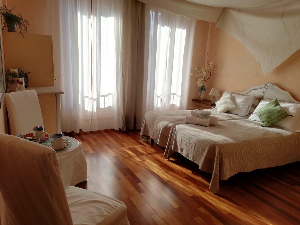 Dimora Il Veliero Romantico, Venice, Italy hostel