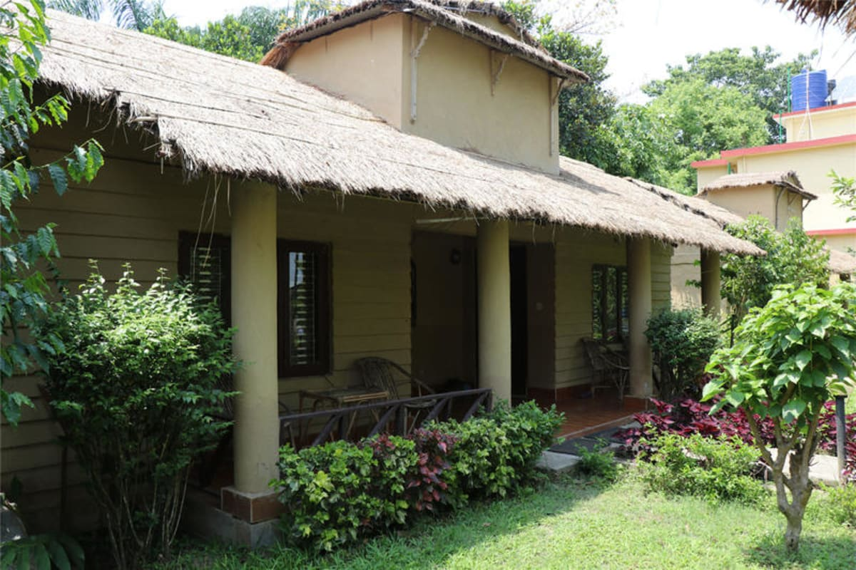 Jungle Resort, Chitwan, Nepal hostel