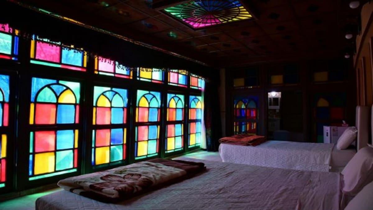 Niayesh Hotel, Shiraz, Iran