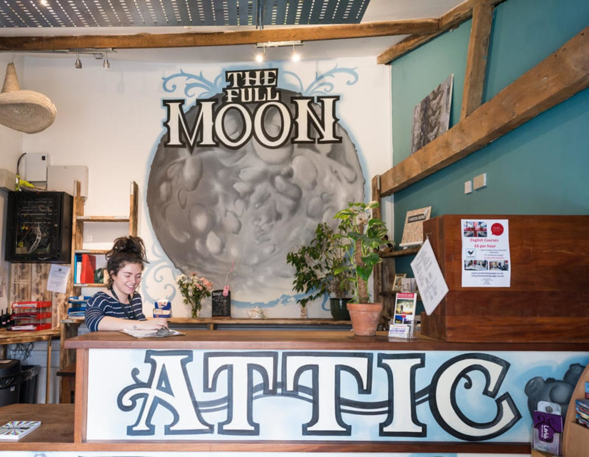 The Full Moon Backpackers, Bristol, England
