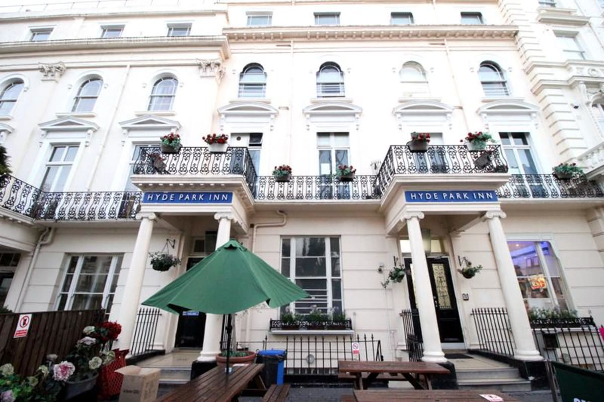 Smart Hyde Park Inn Hostel, London, England hostel