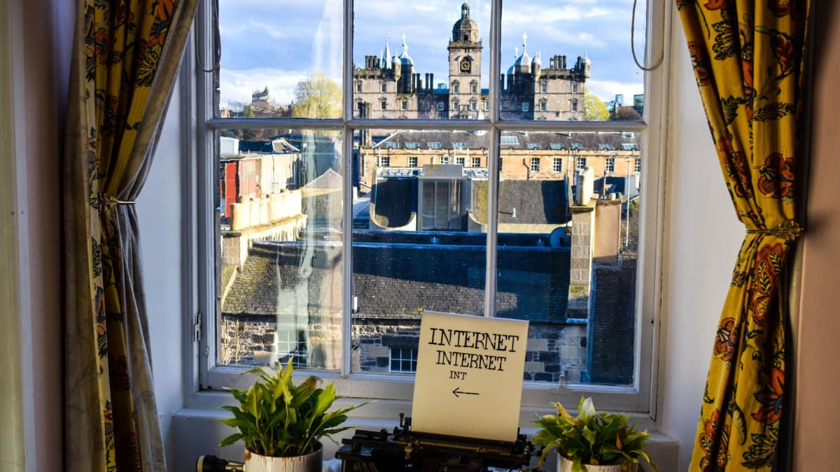 Castle Rock Hostel, Edinburgh, Scotland