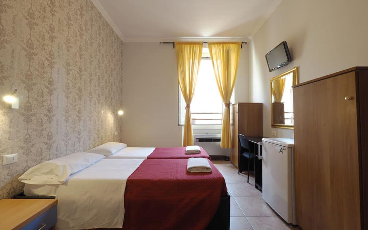 Alessandro Downtown & Bar, Rome, Italy hostel