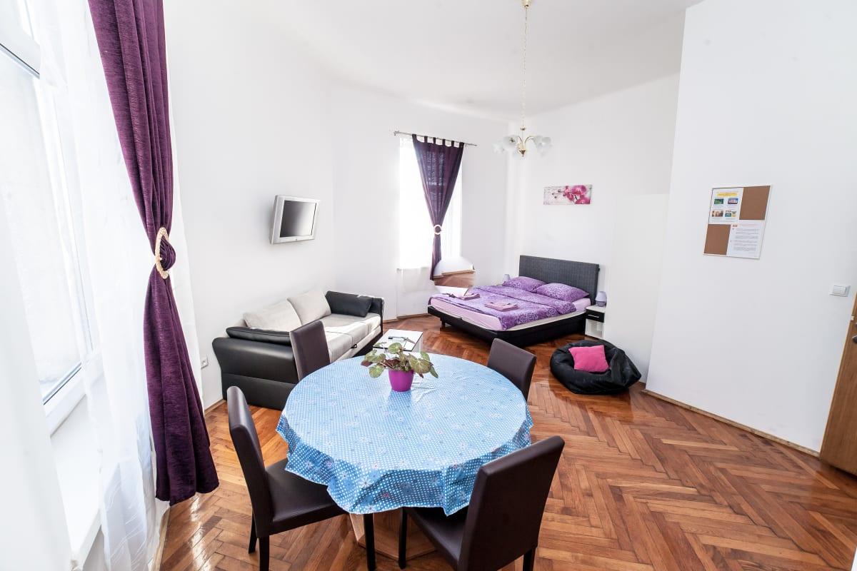 Palmers Lodge Zagreb, Zagreb, Croatia hostel