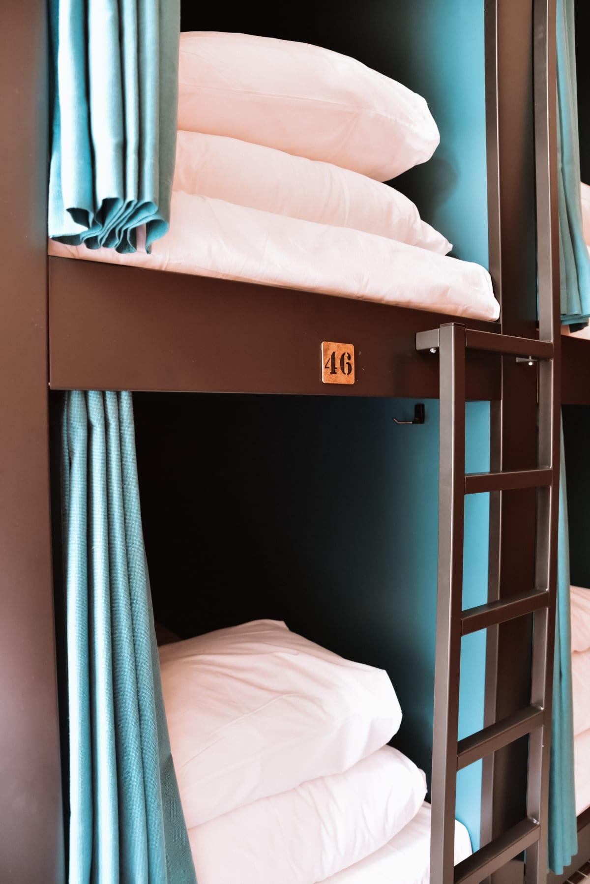 Durty Nellys Inn, Amsterdam, Netherlands hostel