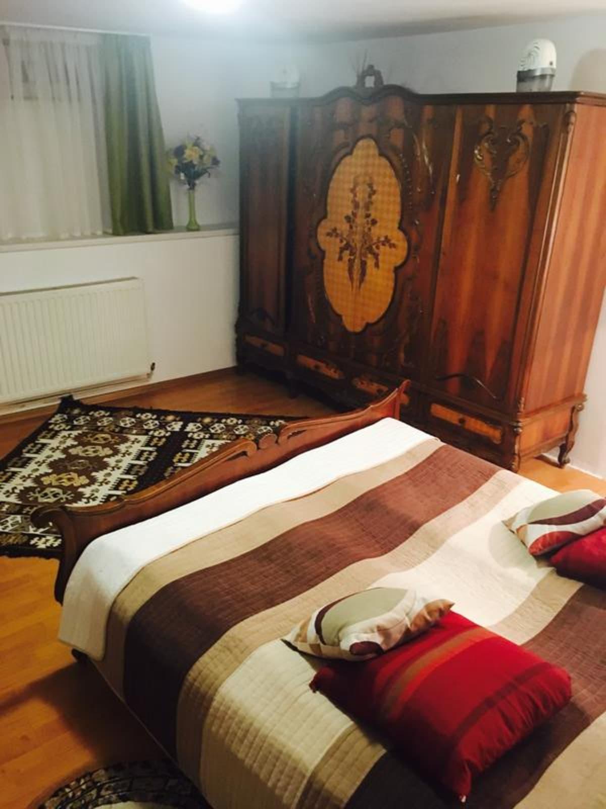 Rolling Stone Hostel, Brasov, Romania hostel