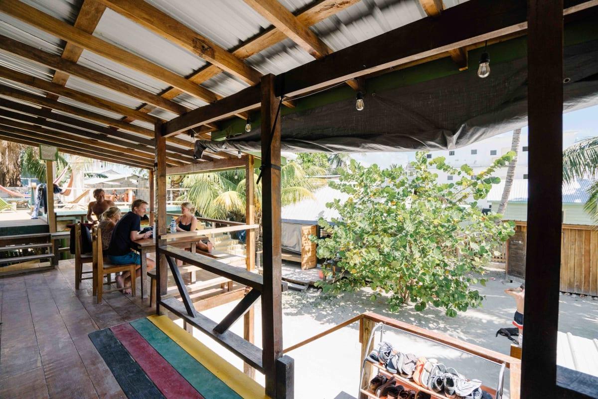Bella's Backpackers, Caye Caulker, Belize hostel