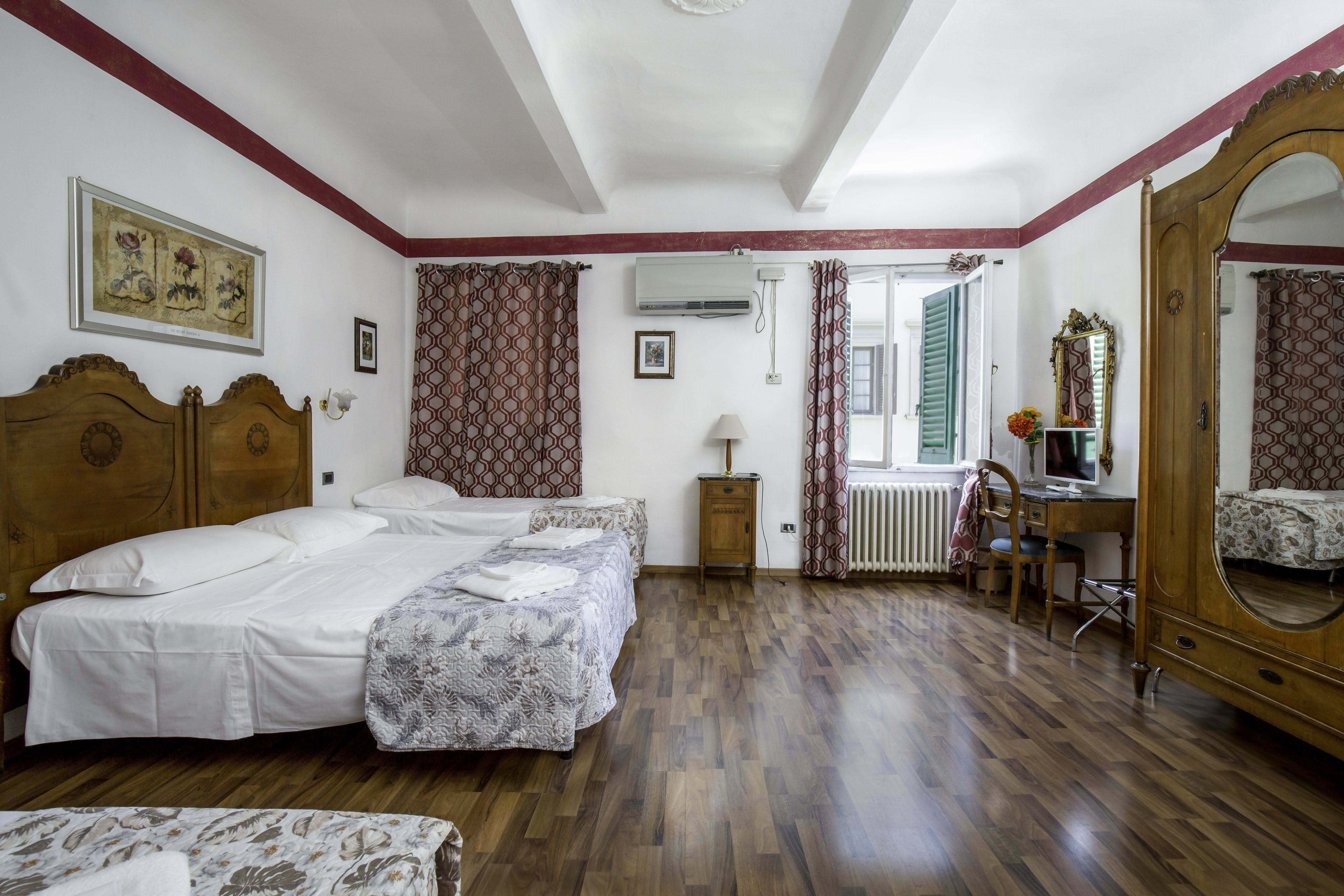 Piccolo Hotel in Florence, Italy - Book Budget Hotels with ...