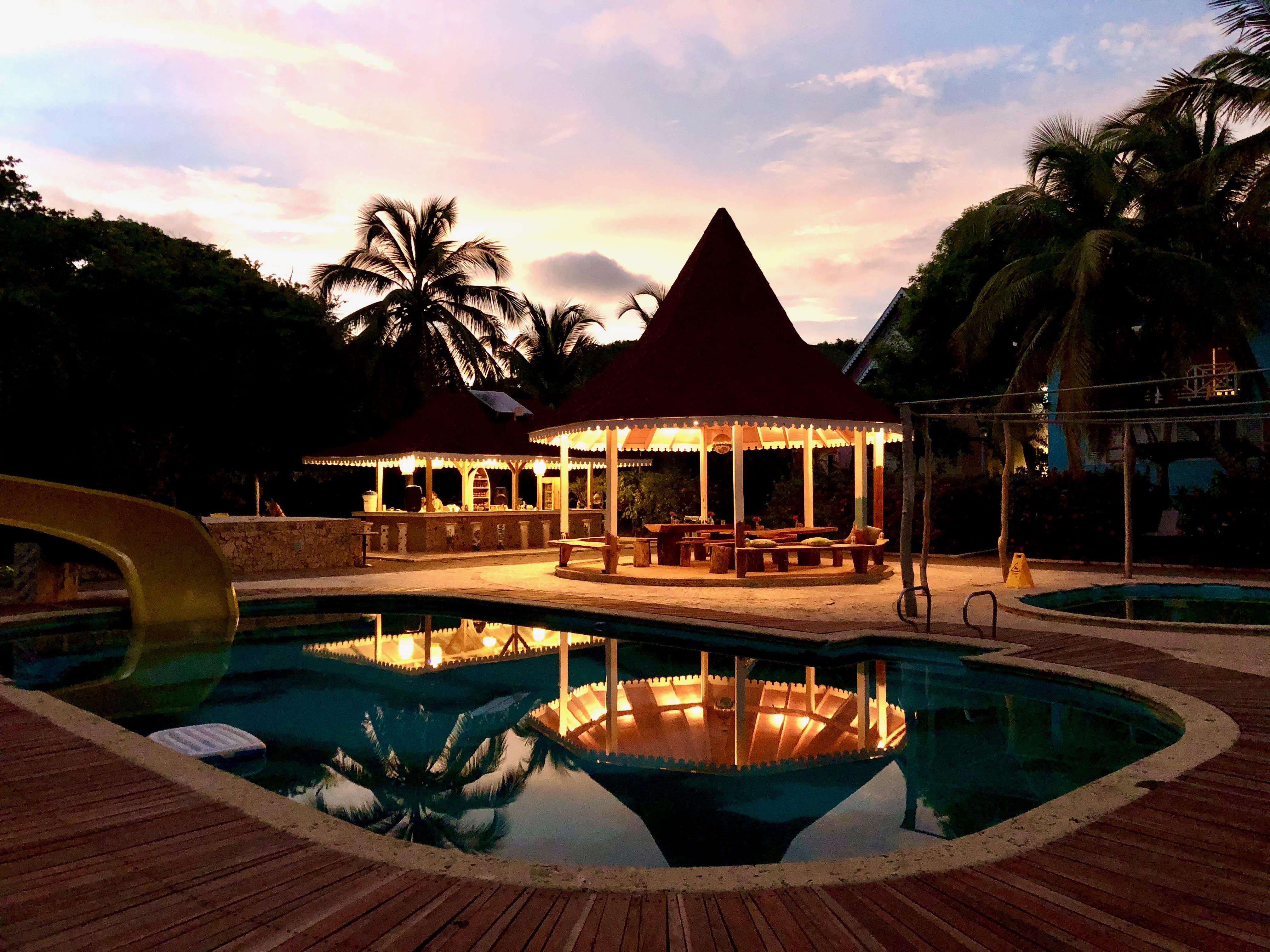 Secreto Hostel, Rosario Island   20 Preise & Bewertungen ...