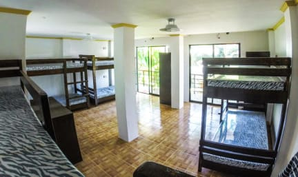 Photos of Chill Out Hostel Boracay