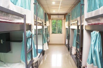 Vasca Da Bagno Qube : Arma hostel qube stay mumbai india: prenota ora con hostelbookers!