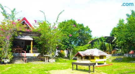 Bougainvillea Paradise Campground Hostel照片