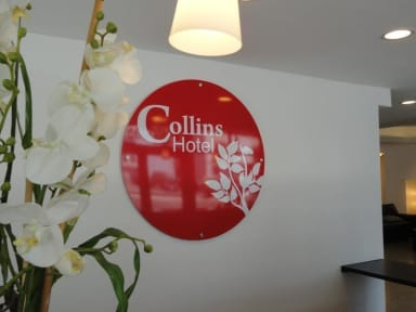 Photos of Collins Hotel
