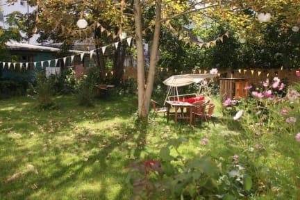 Schön Hostel U0026 Garten Eden
